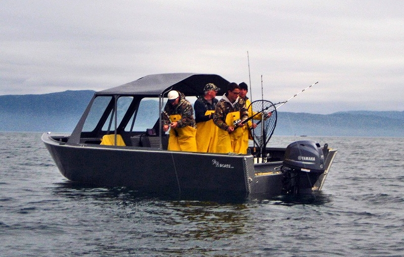 Alaska self guided fishing boat